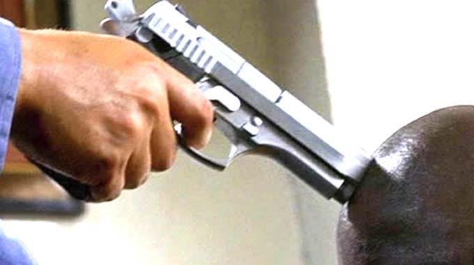 Armed robbers hit Makoni forex dealers