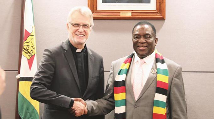 ED meets Rotary, Lutheran delegations