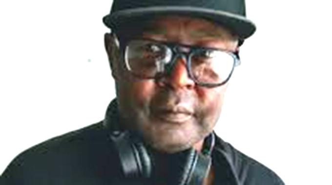 JUST IN : Veteran radio Dj Peter Jones is no more