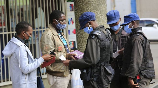 police check people's papers in Harare, 06 June