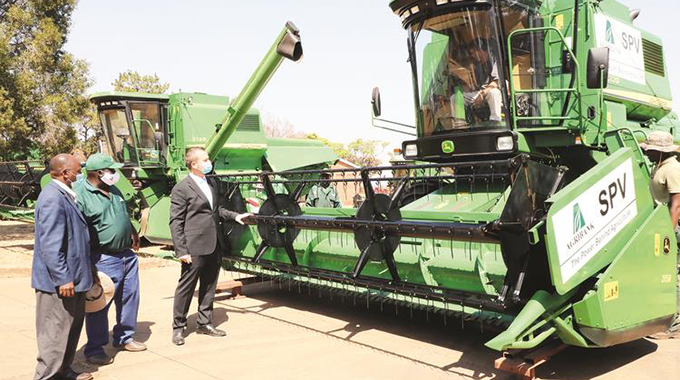 Bank dispatches harvesters
