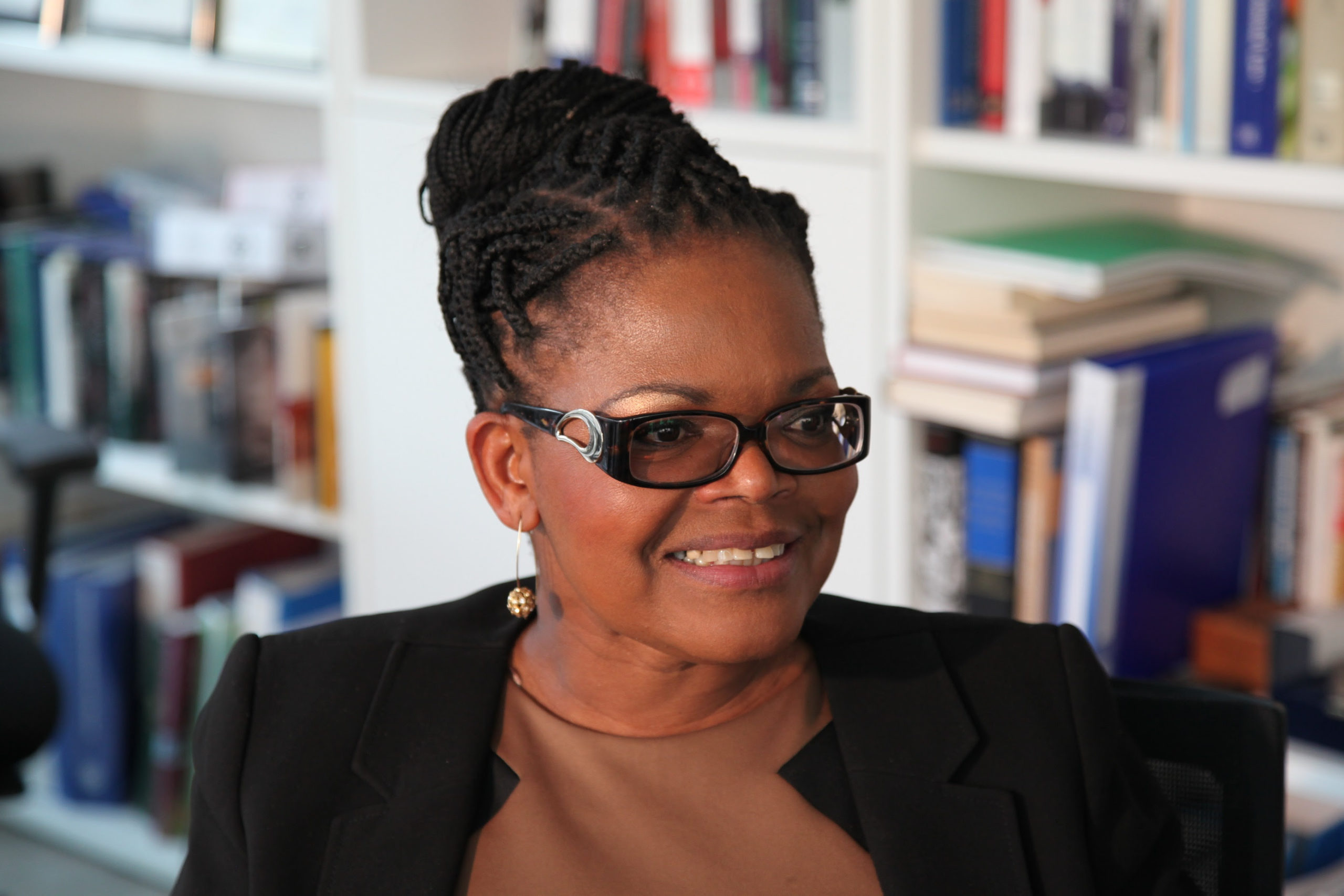 Comment on the call for the prosecution and disqualification of Beatrice Mtetwa in Zim