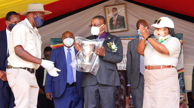 Youths key to attainment of Vision 2030: VP Chiwenga