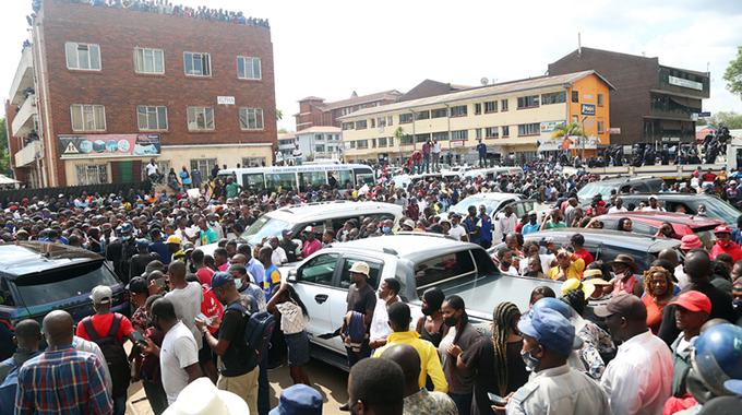 Thousands bid farewell to Ginimbi