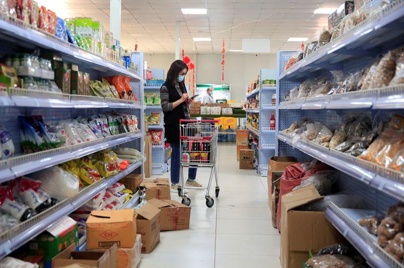 Zimbabwe inflation at 471.25% y/y in October – Zimstats