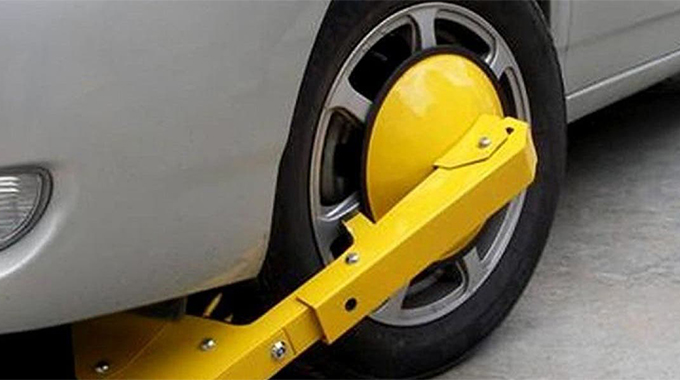 Council defies clamping ruling