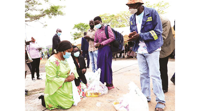 First Lady consoles Ran Mine families