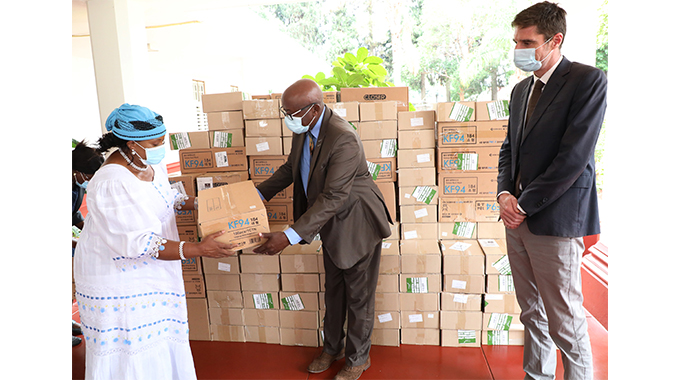 First Lady donates masks to school children
