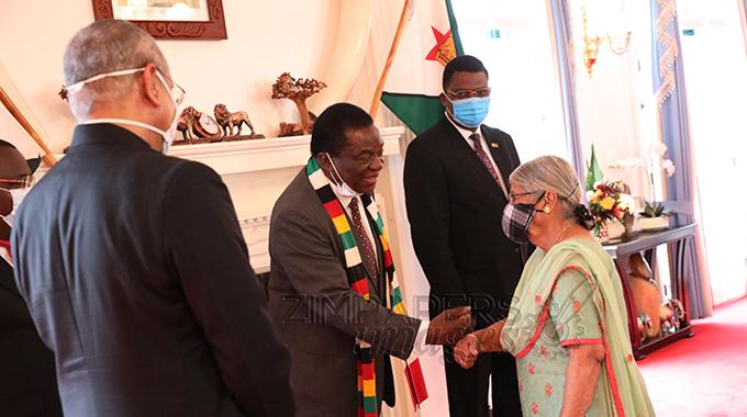 Ambassadors present credentials
