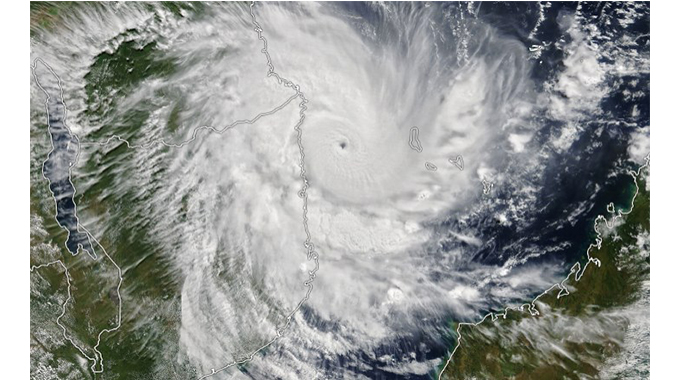 JUST IN: Alert raised as Chalane makes landfall