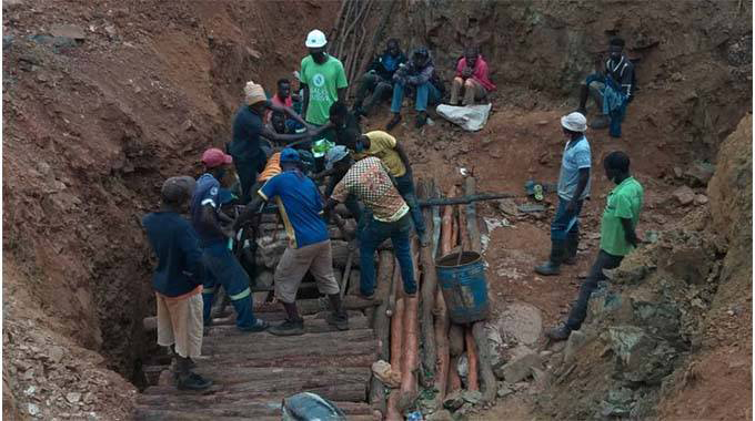 Hope fades for 3 trapped miners
