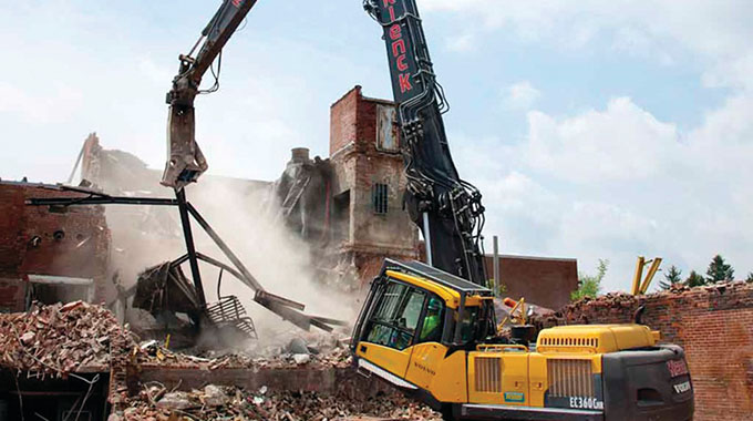 Over 11 000 houses face demolition