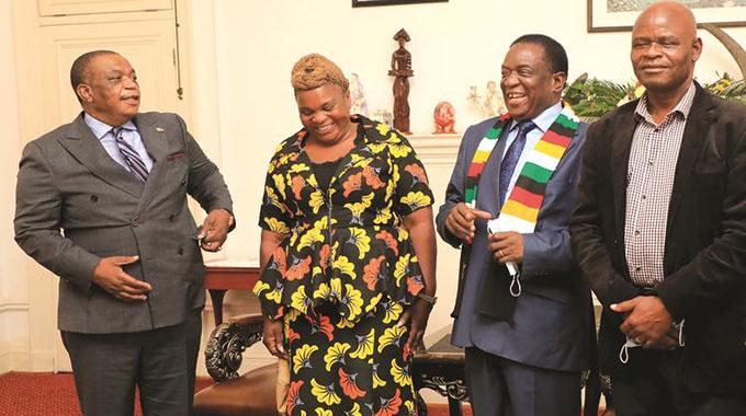 Chebundo, Timveos join Zanu PF