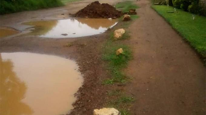 JUST IN: Braeside residents rap council over dumped rubbles