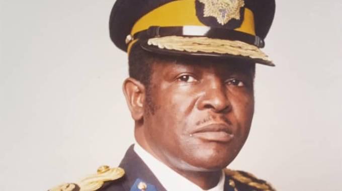 Mpofu declared national hero