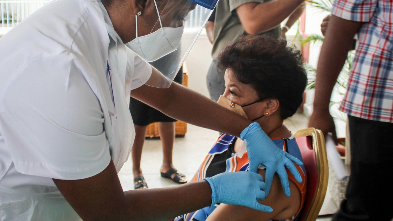 Seychelles first African nation to begin Covid-19 vaccinations using Chinese shots