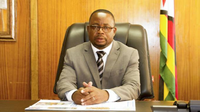 Govt, civil servants in cordial meeting