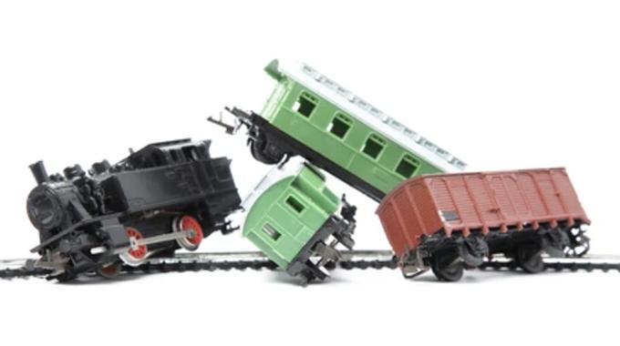 JUST IN: Train derails, kills one