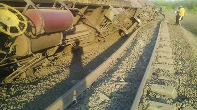 Train accident blocks goods movement