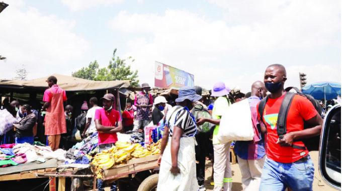 Vendors continue to defy regulations