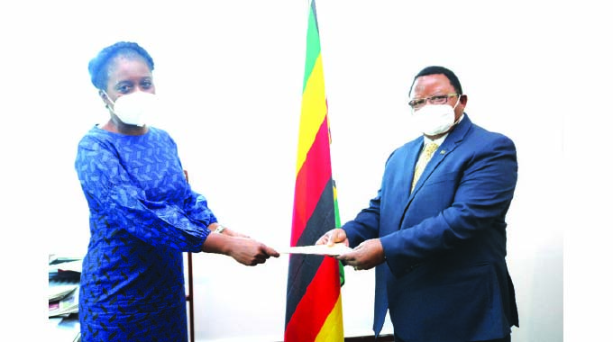 Zimbabwe committed to clearing AfDB debt