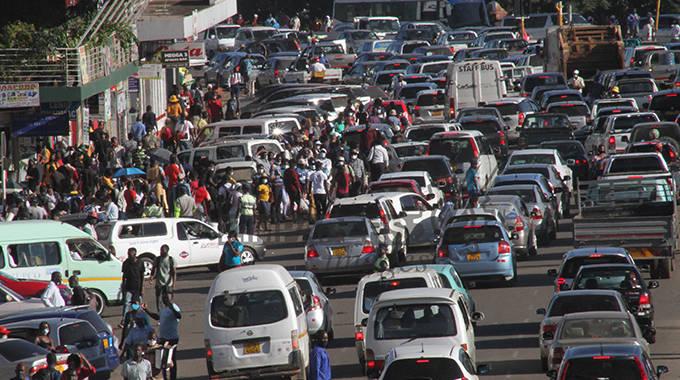 Harare's traffic jungle: nightmare for motorists