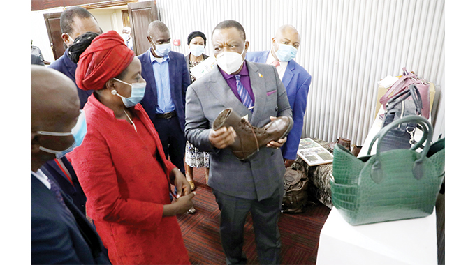 Leather sector to revive vegetable tanning