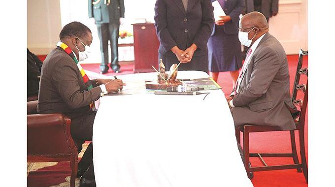 Judges' conduct worries Govt