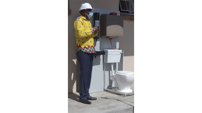 Senators welcome new toilet system