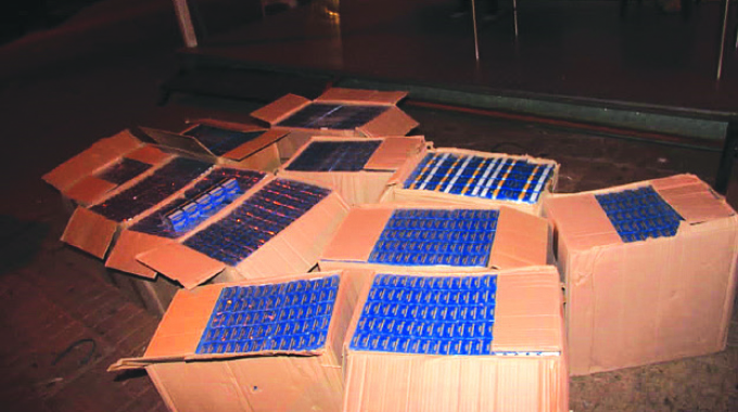 SA army truck, soldiers arrested for smuggling