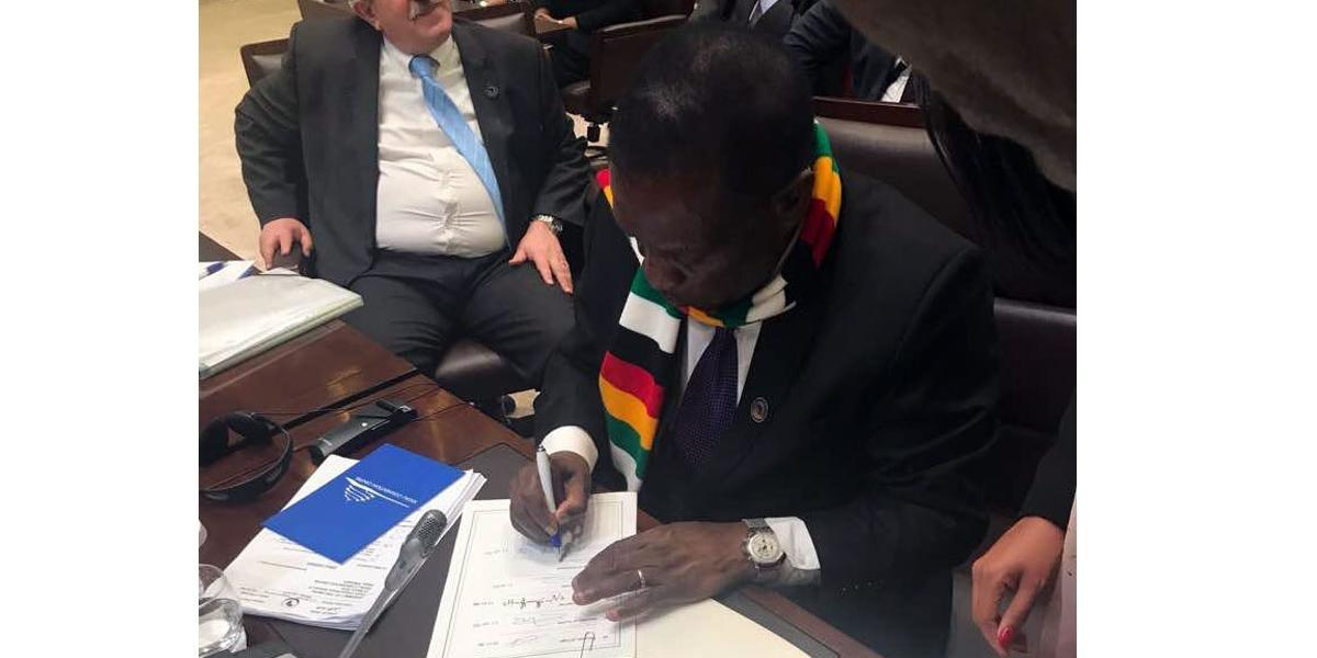 MNANGAGWA SIGNS PAPER Didn't assent to Constitution Bill
