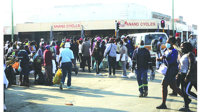 Police deploy more officers to deal with errant kombi, taxi operators