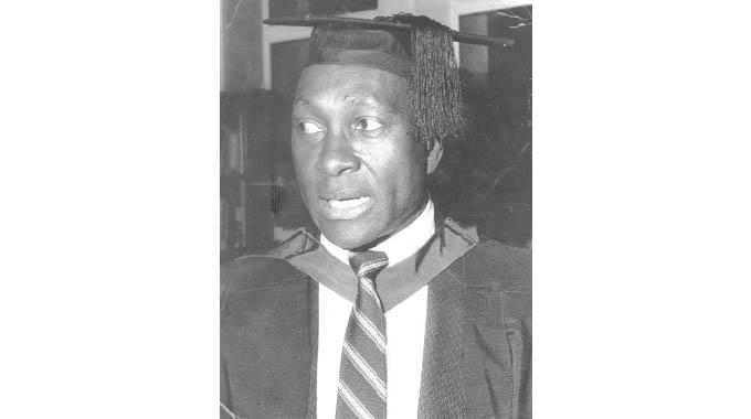 Top academic Prof Kahari dies
