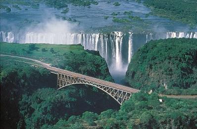 Victoria-Fallss-Zambezi-River-border-Zambia-Zimbabwe.jpg