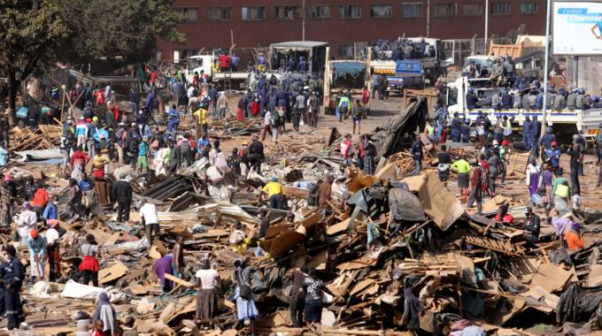 Sanity returns to Mbare after demolitions