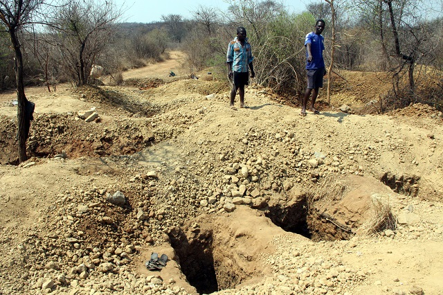 Illegal gold panners threaten infrastructure at Loreto High