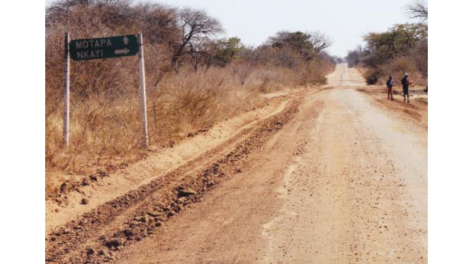 Byo-Tsholotsho, Byo-Nkayi roads repairs start