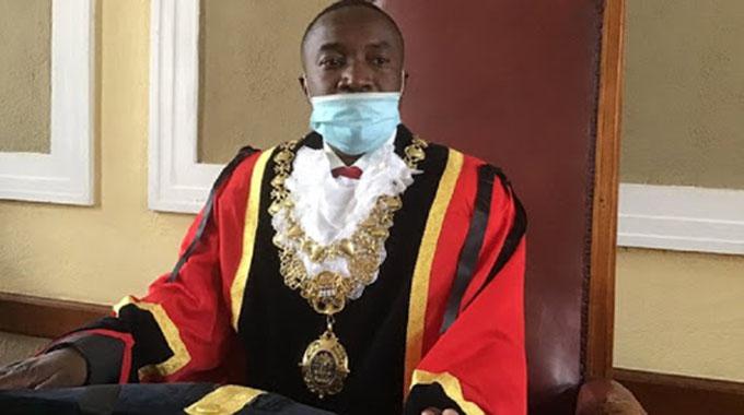 Mafume suspended as councillor