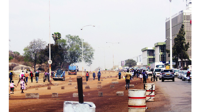 Seke Road reconstruction stretched to Coke Corner